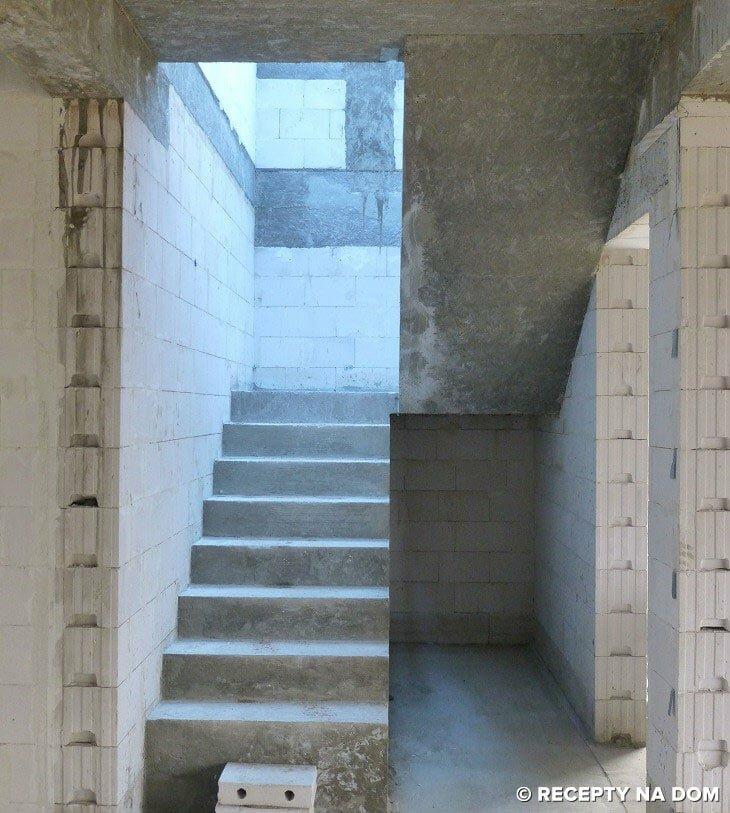 Poważnie Jakie schody są najlepsze w domu jednorodzinnym? - Recepty na dom IU21