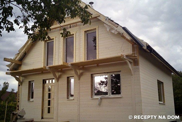 Jak Dostawić Drewniany Balkon Do ściany Kanadyjczyka